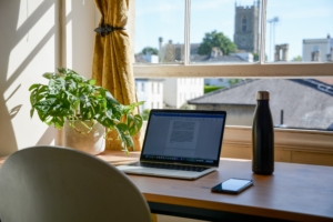 More and more people work from home